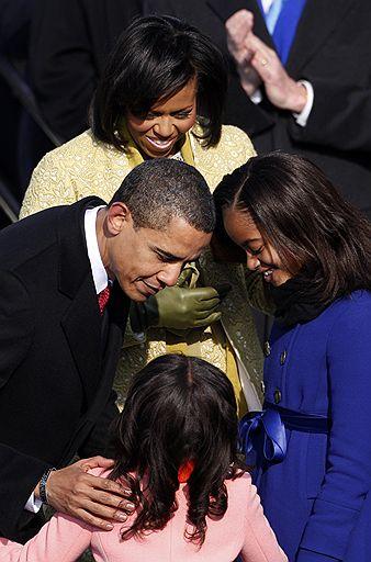 Обама официально стал президентом США (ФОТО) .