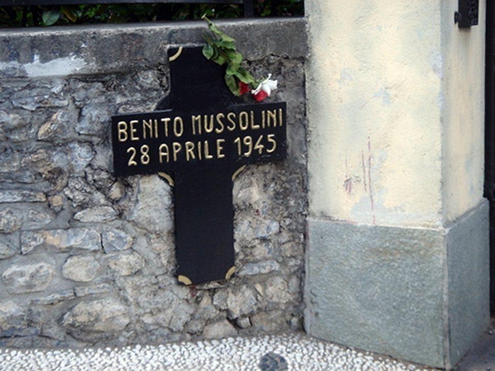 «Если я советую — последуйте совету, если отрекаюсь — убейте меня, если я погибну — отомстите за меня» <br>29 апреля 2012 года на доме, у которого расстреляли Муссолини и Петаччи, была открыта мемориальная доска