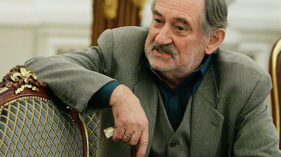 Народный артист Украины Богдан Ступка занимал пост министра культуры Украины с 1999 по 2001 год. Скончался в 2012 году от продолжительной болезни