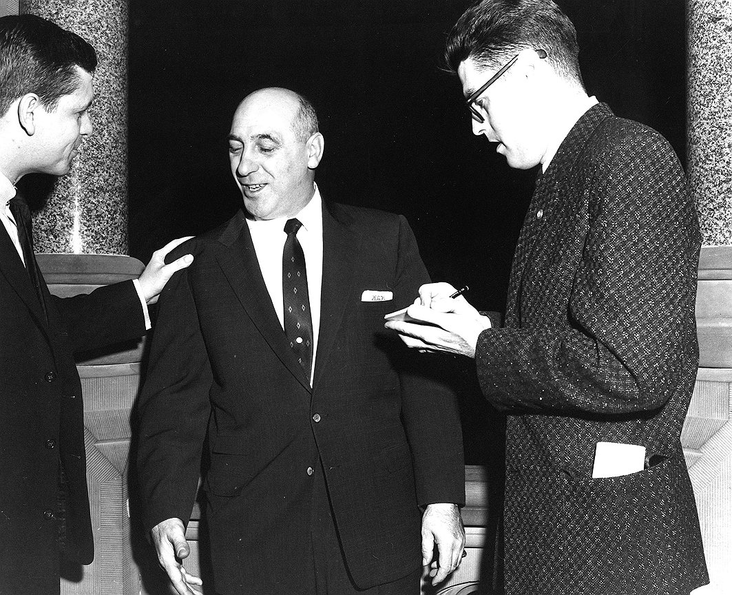 Конференция, состоявшаяся в 1957 году в городе  Апалачине, стала вехой в истории американской преступности. Более 60 наиболее могущественных криминальных лидеров страны встретились в маленьком городке в северной части штата Нью-Йорк