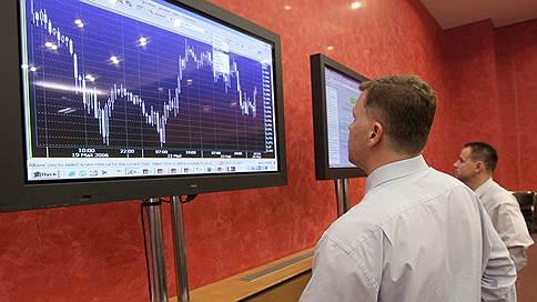 Валюта дешевеет без санкций / Курс рубля снова растет