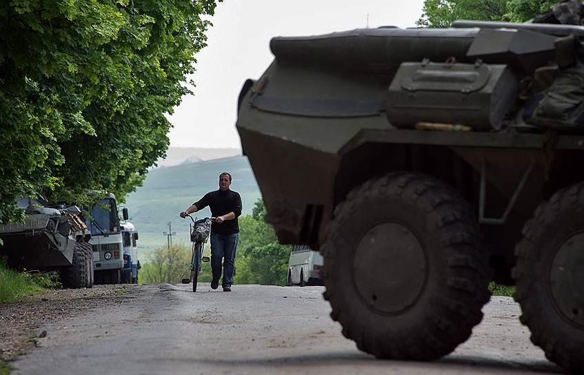 15 мая. Блок-пост украинской армии в поселке Былбасовка под Славянском