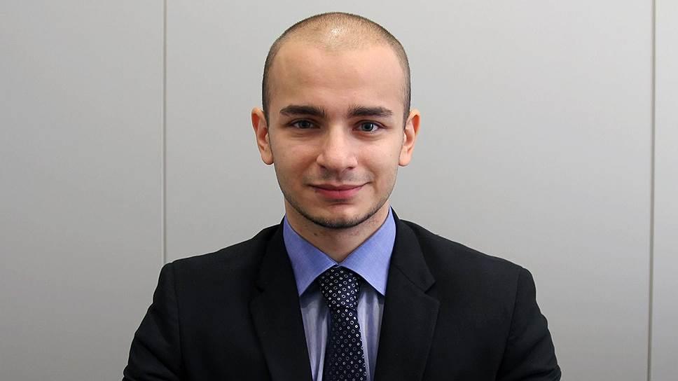 специалист банка «Возрождение»