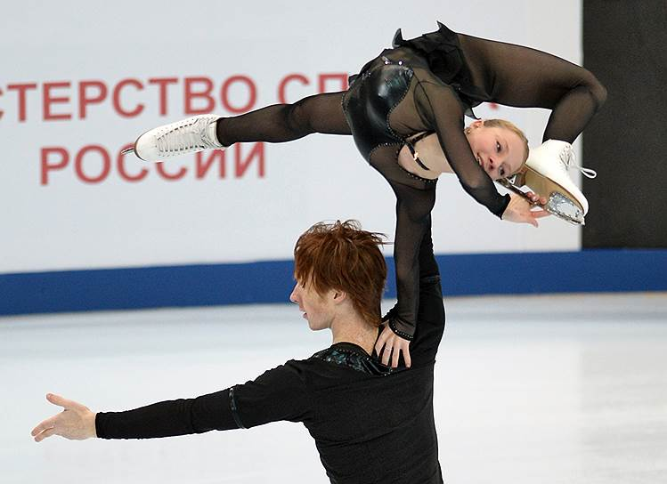 Евгения Тарасова - Владимир Морозов KMO_144982_00172_1_t222_100624