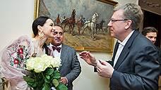 Пачка комплиментов / Балерину Диану Вишневу поздравили с новым проектом
