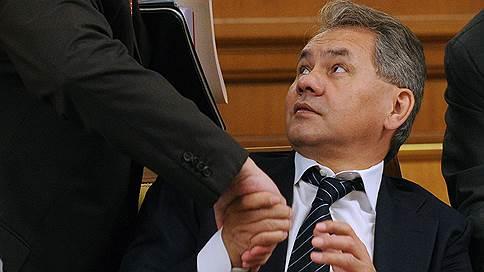 Крым обсудили со всех двух сторон / Правительство и Минобороны РФ обустраивают там своих военных и промышленных подчиненных