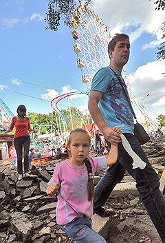 Российские женщины все меньше надеются, что брак обеспечит им экономическую стабильность