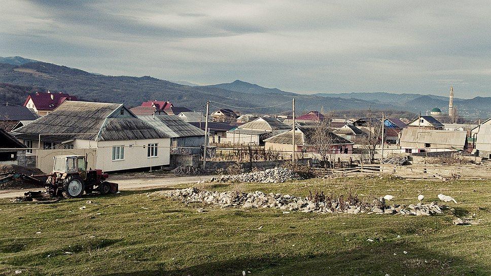 В селе Дылым — 10 тысяч населения. Но трактор для обработки земель приходится заказывать из соседнего села