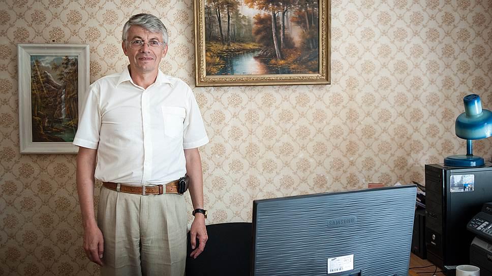 Олег Вышемирский из НИИ приматологии уверен, что приматы — не только далекое прошлое человека, но и его будущее