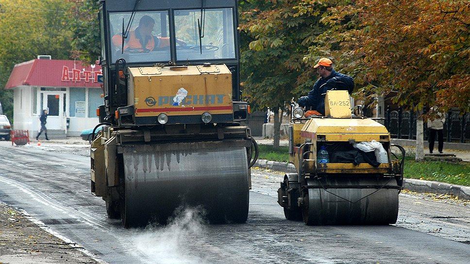 В этом году решено сэкономить наремонте дорог Саратовской области<br /><br />