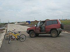 Противники строительства завода «Кроношпан» под Уфой перегородили въезд грузовикам к месту строительства