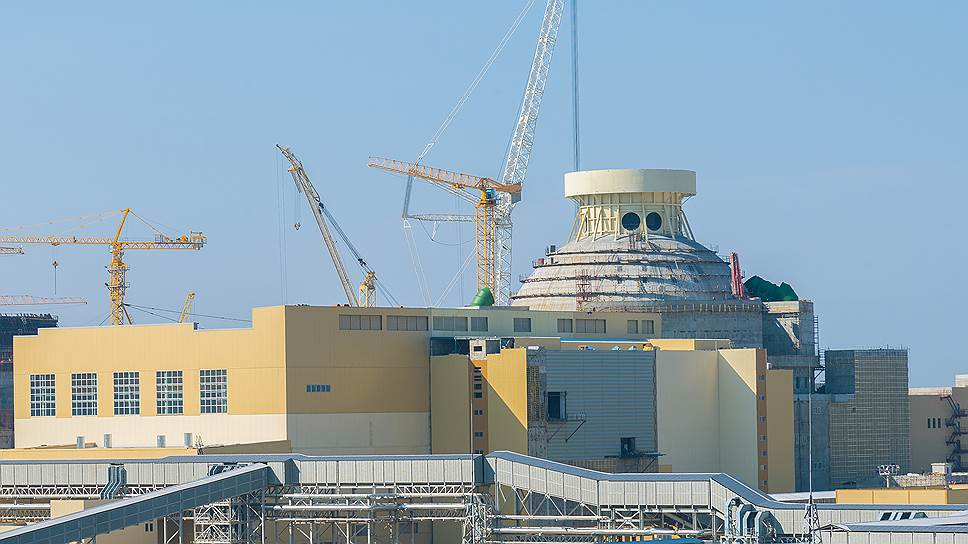 Новый блок НВ АЭС запустят не раньше следующего года