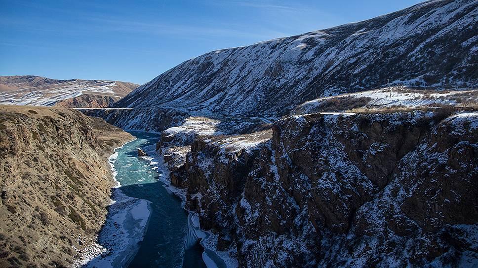 """На реке Нарын в Киргизии """"РусГидро"""" и """"Электрические станции"""" возведут каскад ГЭС мощностью 237,7 МВт"""