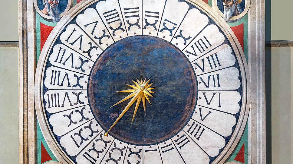 """Второе """"имя"""" башенных часов -- Часы Паоло Уччелло. В честь художника, расписавшего этот 7-метровый циферблат в 1433 году"""
