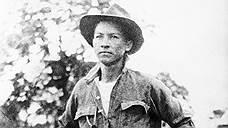 Генерал Аугусто Сесар Сандино во время гражданской войны в Никарагуа, 1920-е годы