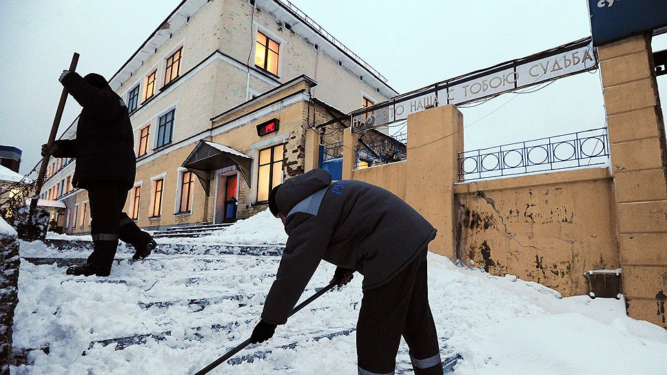 Пройти по улицам Надвоиц — непростое занятие и зимой, и летом