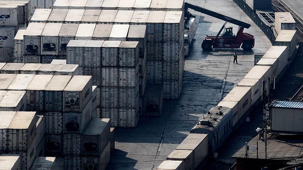 По количеству грузов, перевозимых морским транспортом в контейнерах, Россия пока отстает даже от развивающихся стран