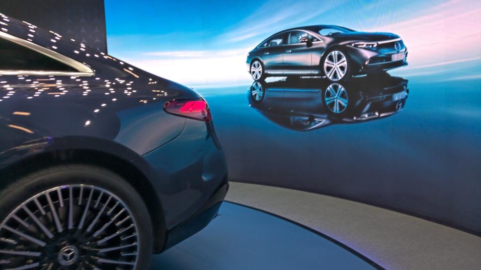 Автомобили на Петербургском Международном Экономическом Форуме