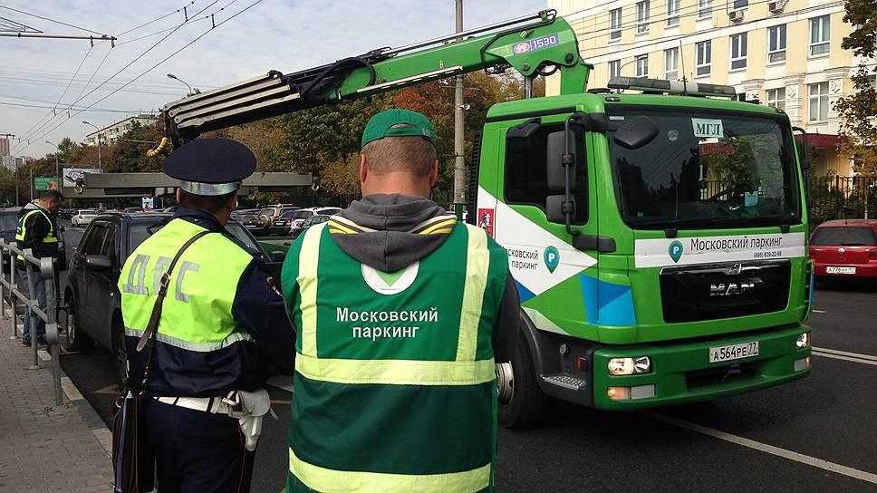 В чем москвичи обвиняют проект «Московский паркинг»