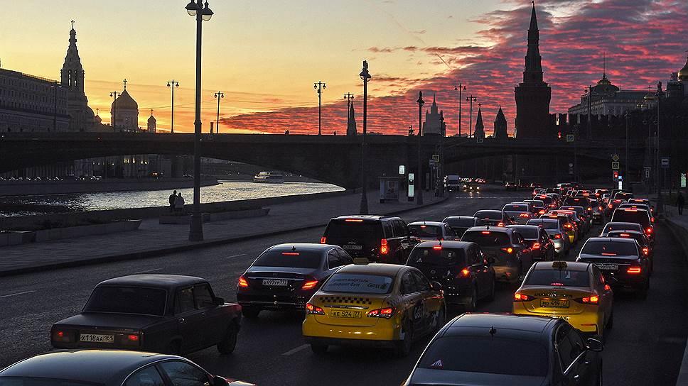 Москва растет и замедляется: почему пробки в центре столицы непобедимы