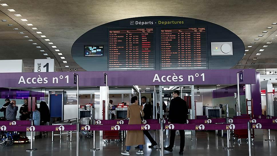 Почему пассажиры рейса «Аэрофлота» задержались в парижском аэропорту