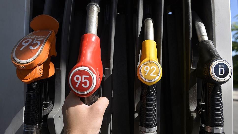 Как власти намерены сдерживать рост цен на бензин