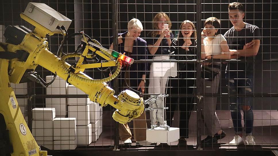ИИ и робототехника создадут больше рабочих мест, чем сократят