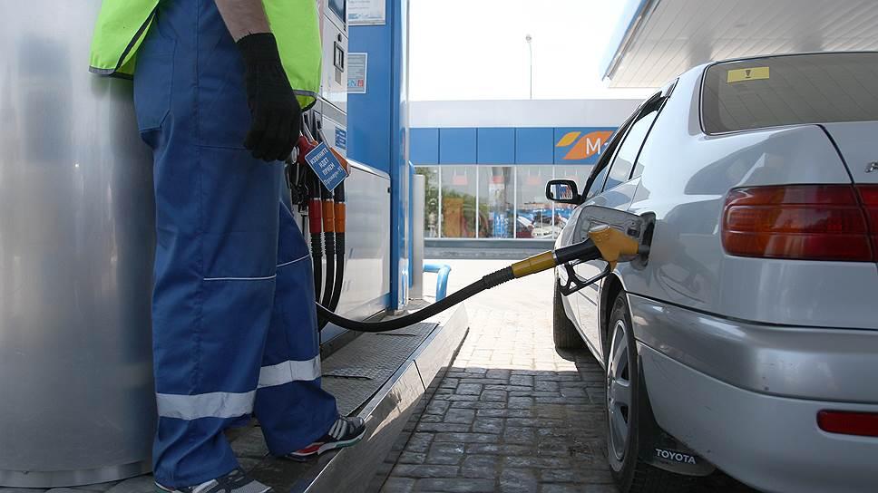 «Газпром нефть» отрицает сокращение поставок топлива на сибирские АЗС