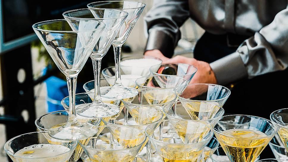 Будут ли компании экономить на алкоголе при организации корпоративов
