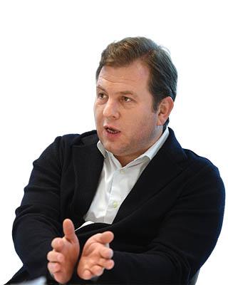 Согендиректор «AliExpress Россия» Дмитрий Сергеев о гонке за «русским Amazon»