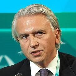 Александр Дюков, глава «Газпром нефти», 9 июня