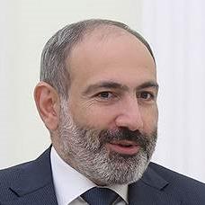 Никол Пашинян, тогда лидер протестов в Армении, 7 мая