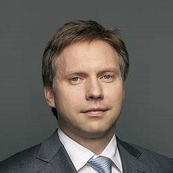 Максим Полетаев, тогда первый зампред правления Сбербанка, 17 июня 2016 года