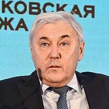 Анатолий Аксаков, глава комитета Госдумы по финрынку, об ужесточении контроля над мобильными переводами (цитата «РИА Новости»)