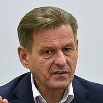 Владимир Комлев, гендиректор Национальной системы платежных карт, на ПМЭФ 11 июня