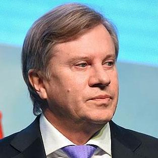 Виталий Савельев, глава «Аэрофлота» и кандидат на пост главы Минтранса РФ, 9 ноября