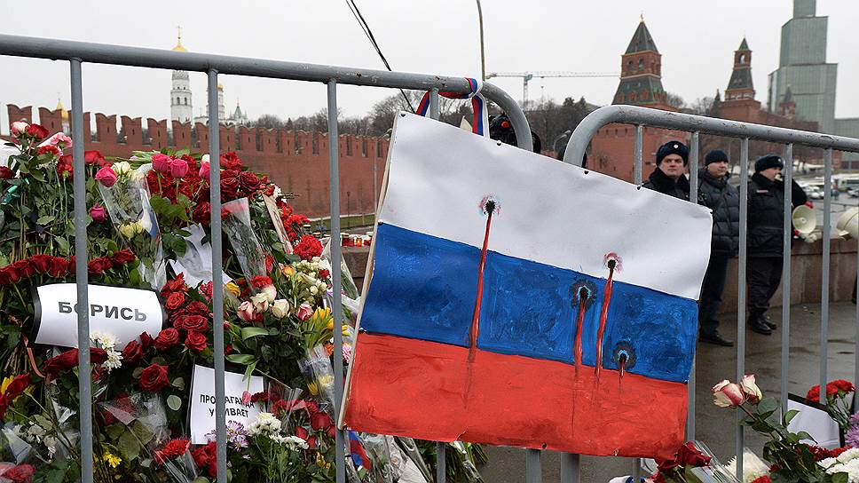 Как рубль упал с Москворецкого моста