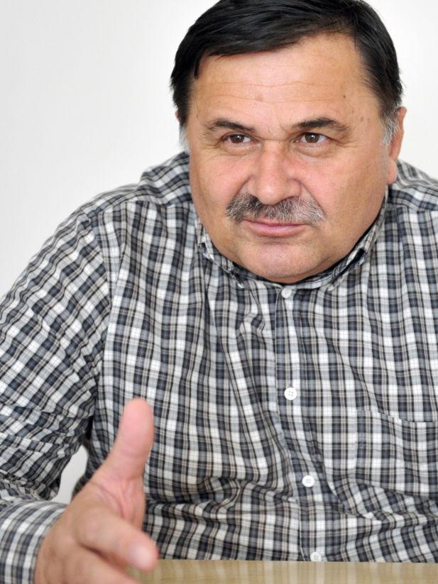 Валерий Хатажуков