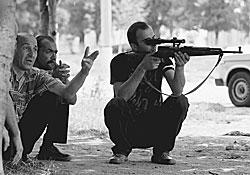 Гражданское население Северной Осетии уже взяло в руки оружие