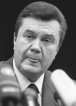 Виктор Янукович пообещал никогда не признавать своего поражения на выборах