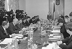 У нового правительства Украины во главе с Юлией Тимошенко есть всего год, чтобы полностью изменить страну