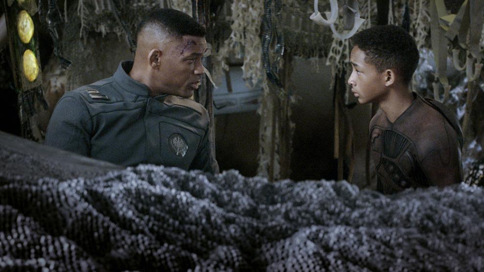 """""""После нашэй эры"""", режиссер  М. Найт Шьямалан, 2013"""