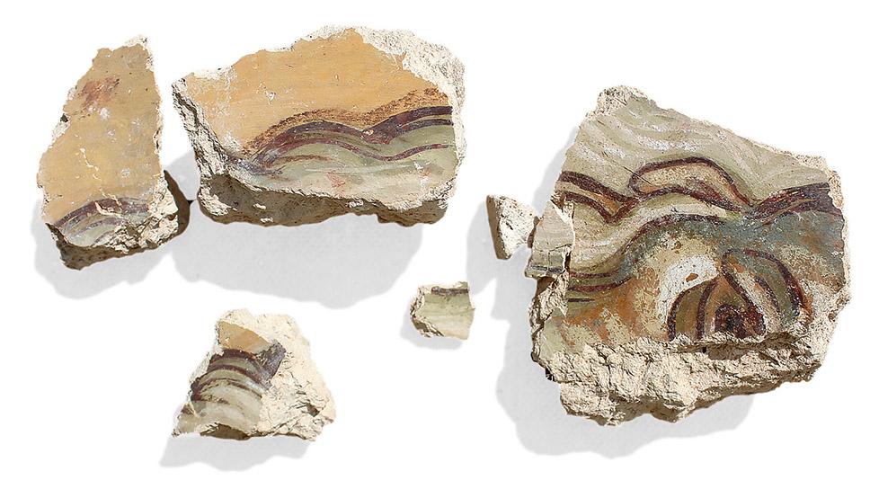 Лик неизвестного святого на фрагменте фрески XII века