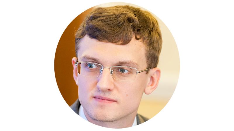 Владимир Назаров, экономист