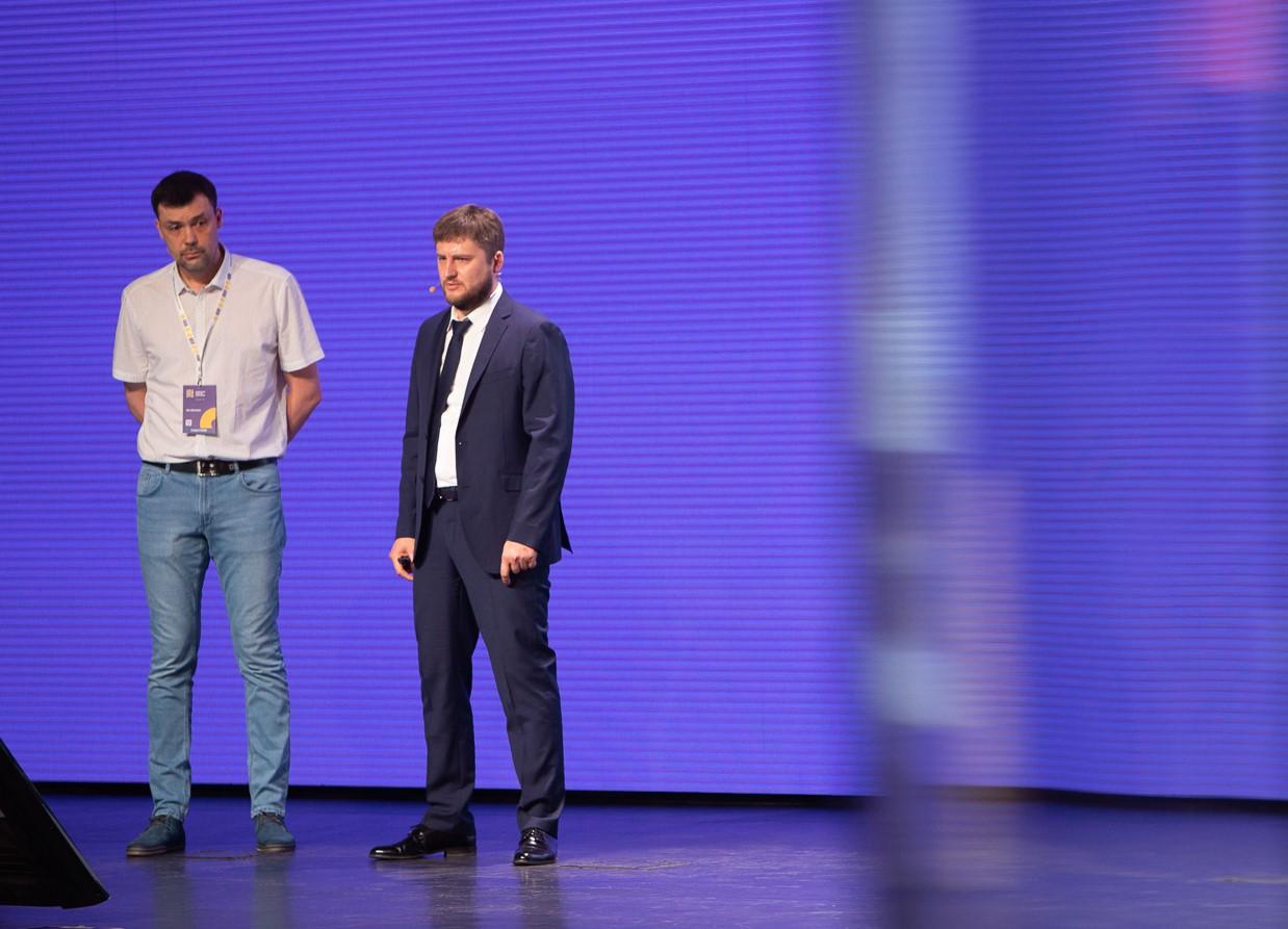 Iris Devices: Дмитрий Антонов (технический руководитель проекта), Сергей Лахин