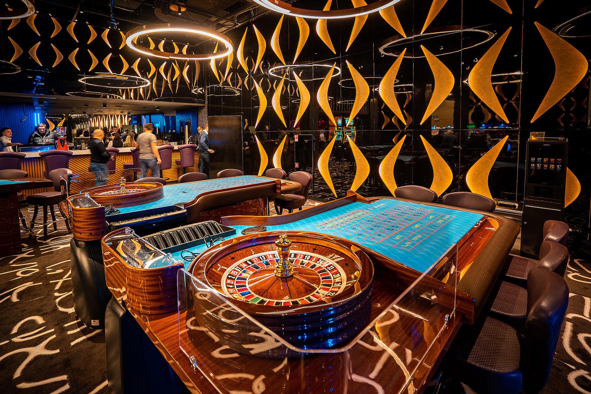 Новое казино москва играть в игровые автоматы медведь и пчелы