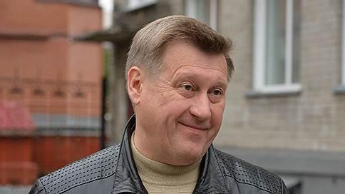 Сверху виднее // Анатолий Локоть переоценил важность второго тура на выборах мэра