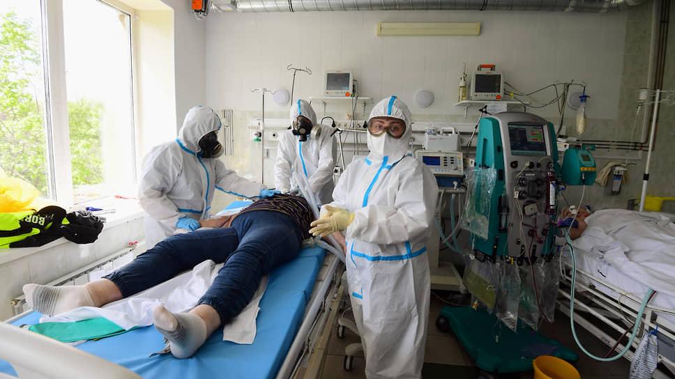 В ковидных госпиталях Новосибирской области остаются свободными только 3% коечного фонда