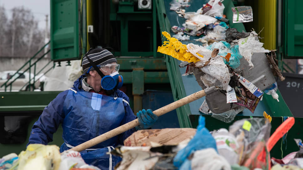 Мусор понесло на следующий год / Строительству мусоросортировочного комплекса в Новосибирске назвалиновые сроки