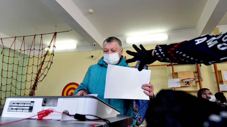 Наблюдателей позвали в палату / Партиям в Новосибирской области предложено усилить общественный контроль на выборах